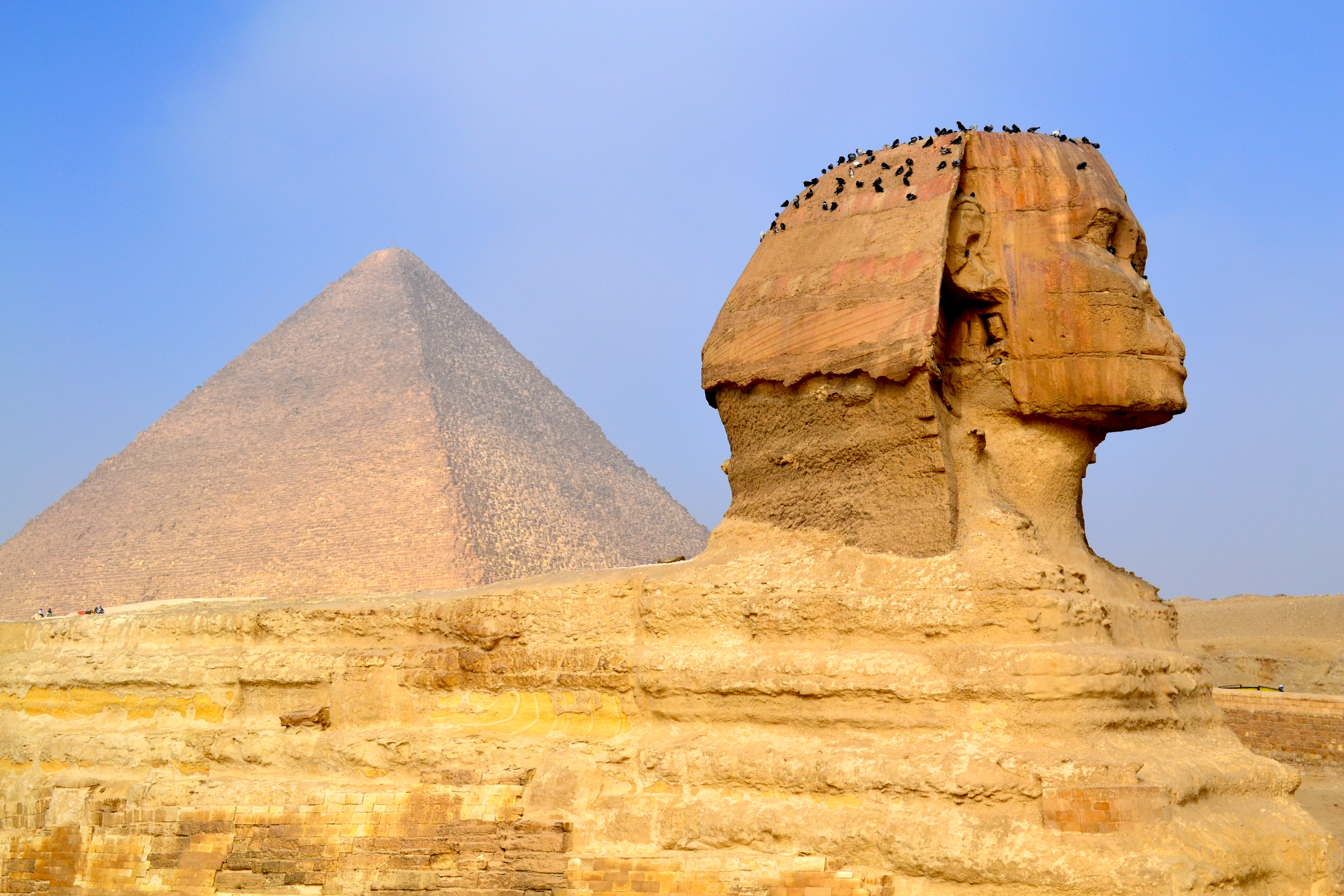 pin the sphinx pyramid -#main
