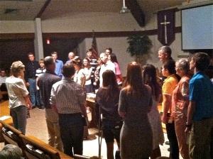 Presbyterian 8th-grade youth and their mentors gather for prayer