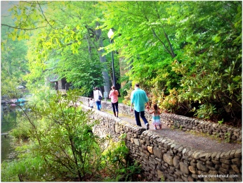 family hike in Montreat