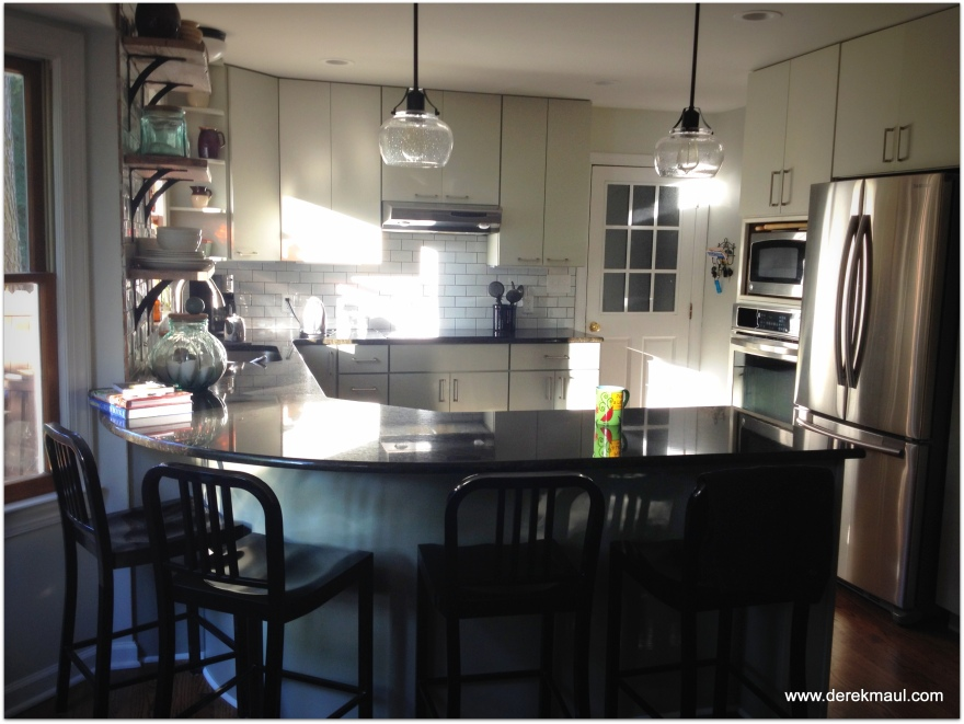 Early morning light in the kitchen - saying