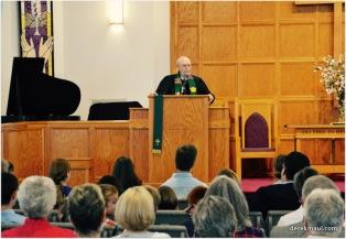 Rev. Dr. John LaMotte preaches