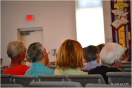 the congregation listens!