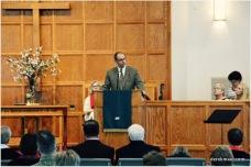 Elder Jeff Simpson introduces offering