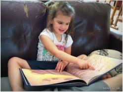 Beks loves books