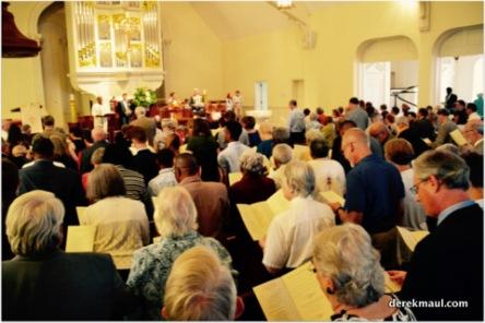singing praise to God
