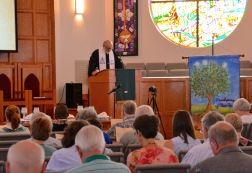 Bob Beichner praying