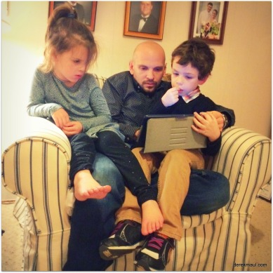 kids with their daddy