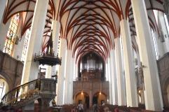 St Thomas Church - interior