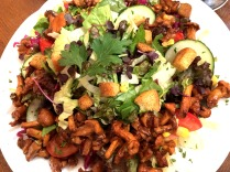 Chanterelle salad