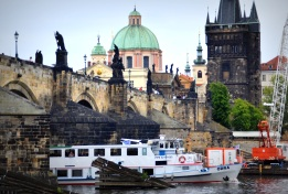 boat transportation in Prague