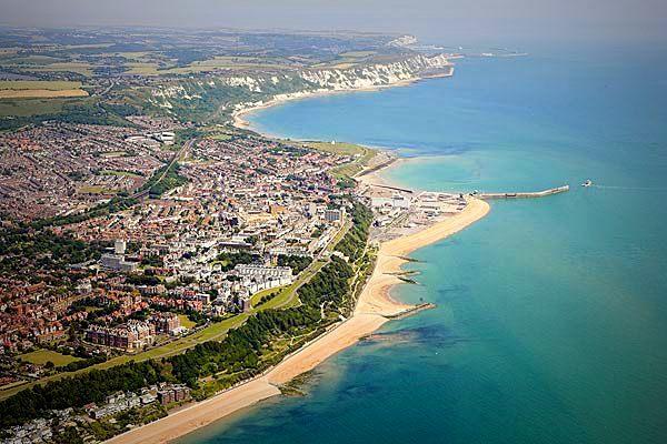 1-folkestone-coastline