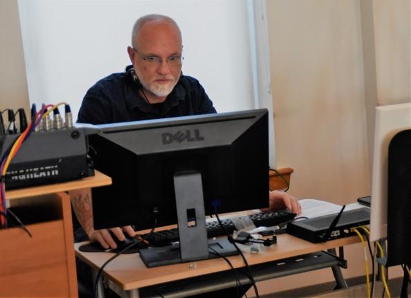 tech guru Jim