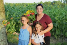 Meghan Reynolds and her daughters